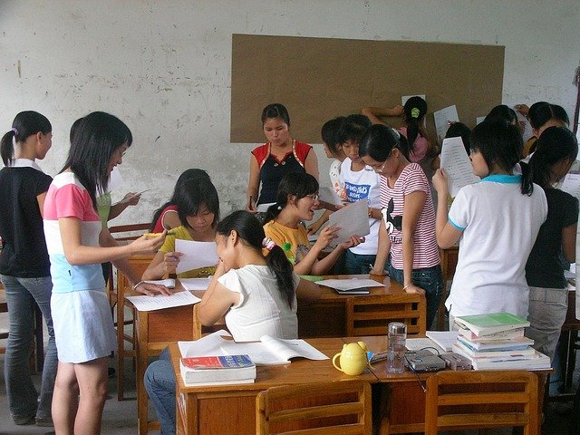 今の小学生や中学生は話せる英語を必ず学ぶべき